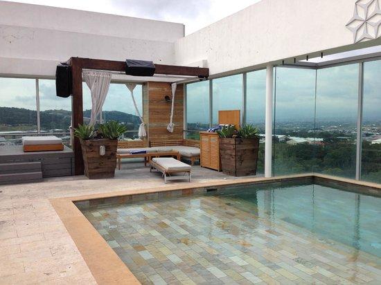 Sheraton San Jose Hotel: 8vo Piso de día Sección alberca