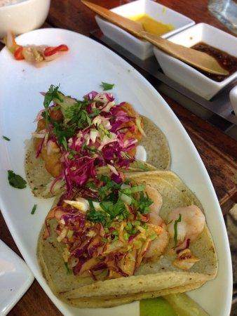 Tacolicious : Cod and shrimp tacos