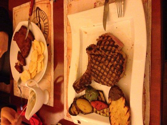 El Toro Steak House : Main course
