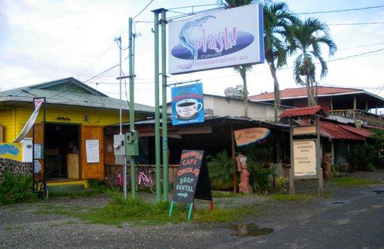 Surf Caribbean Food : Vista exterior del Restaurante