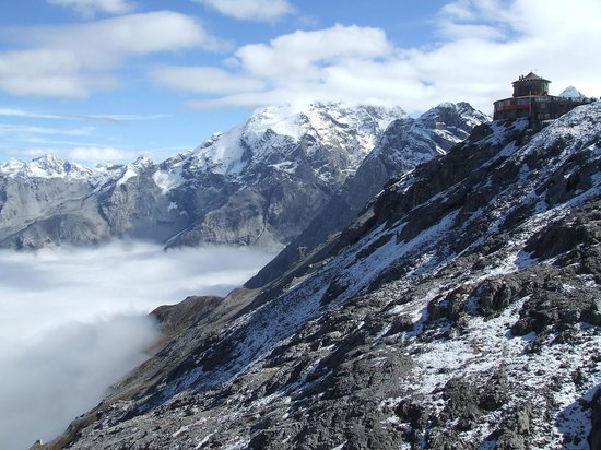 Hotel Enzian: Stelvio... at the top!