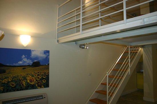 Residence Cavour: Appartamento Girasole, spazioso soppalco.