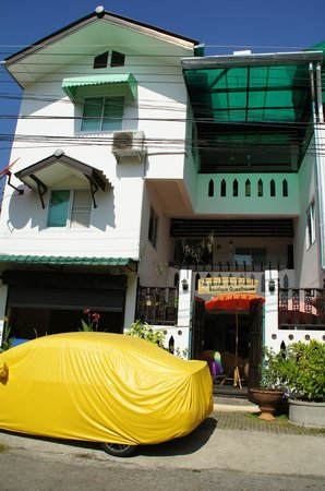 Top Garden Boutique Guesthouse : Ingang