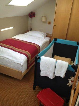 Hotel AlaGare: Chambre