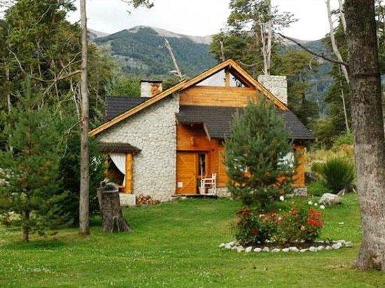 Twin Cabanas: Outside Cabin