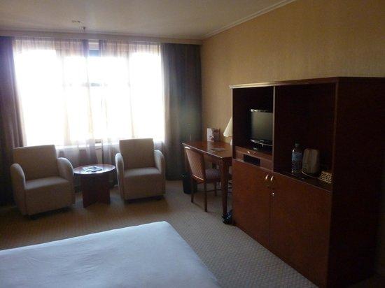 The Sydney Boulevard Hotel: O espaço do quarto