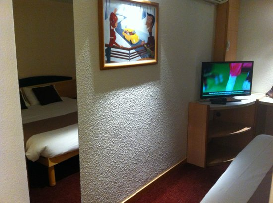 Best Hotel Annecy: chambre 102
