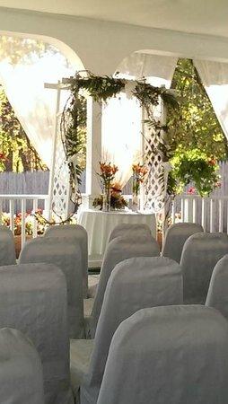 Le Chambord Hotel: Ceremony Site