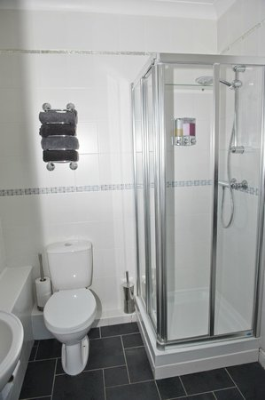 Ashbrook, Bangor Boutique Bed and Breakfast: deluxe double en suite shower