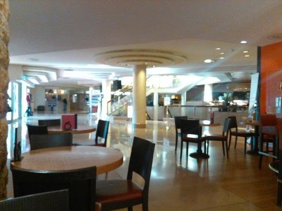 Movenpick Hotel & Casino Geneva: Movenpick hotel geneva
