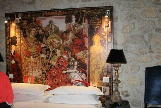 Hotel le Notre Dame: La decoración de Cristian Lacroix: buen gusto y creatividad