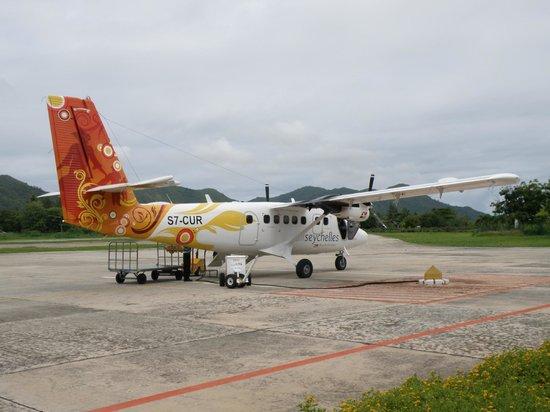 Le Duc de Praslin: vliegen tussen de eilanden