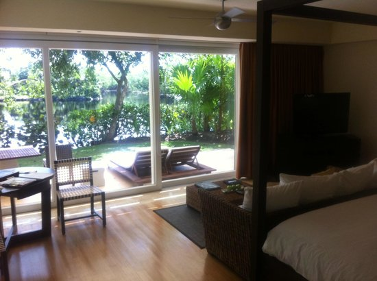 View from bed picture of blue diamond luxury boutique for Best boutique hotels playa del carmen