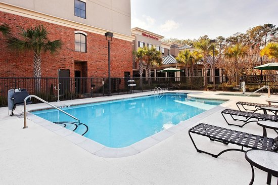 هيلتون جاردن إن بوفورت: Outdoor Pool