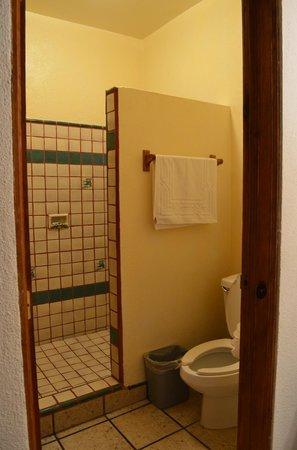 Los Barriles Hotel: Baño