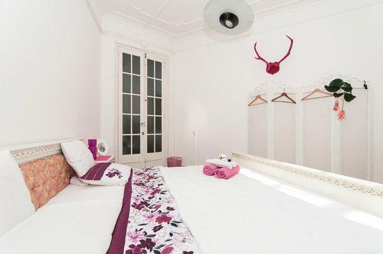 Trianon & Co Barcelona: Superior Double room with private bathroom