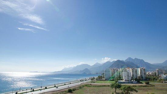 Crowne Plaza Hotel Antalya: Вид из номера