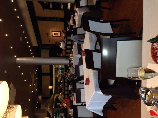 Hotel de Londres y de Inglaterra: Salle petit déjeuner