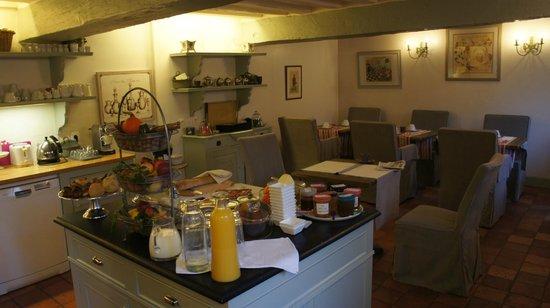 Cote jardin b b senlis france voir les tarifs 18 - Hostellerie de la porte bellon senlis france ...