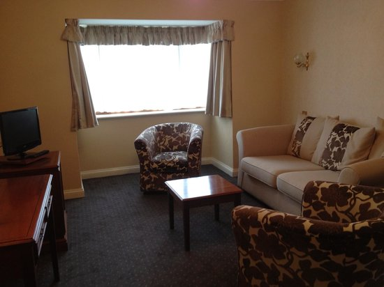 Pear Tree Inn and Country Hotel: Lounge area in Executive Room