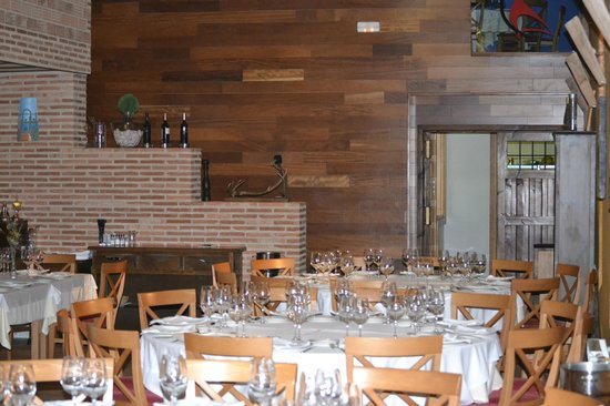 Bodegas Real: Restaurante