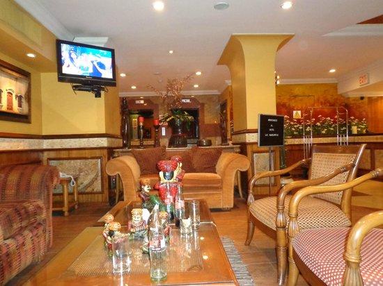 Hotel Las Margaritas: Suite