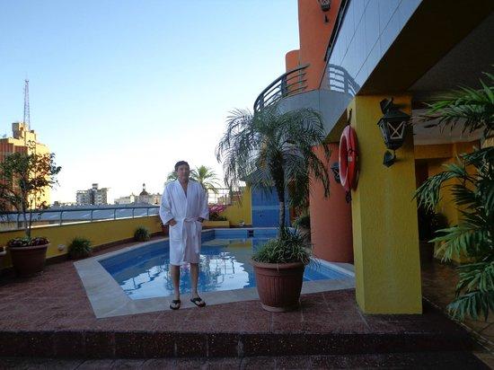 Hotel Las Margaritas: Piscina
