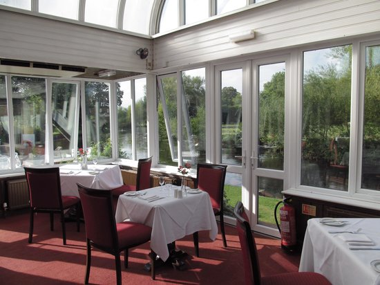 Legacy Rose & Crown Hotel: Rose and Crown Restaurant