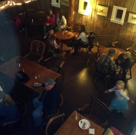 Phelps Barn Pub: Looking down from Balcony