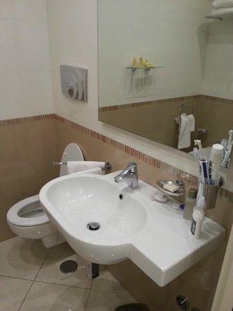 OC Hotel : bagno