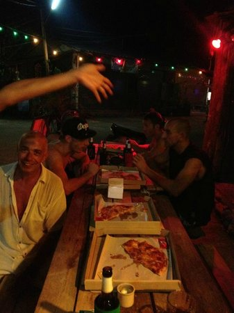 Riddim Shack, Bar and Grill: Pizza #2