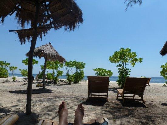 Adeng-Adeng Bungalows : Adeng Adeng beach area