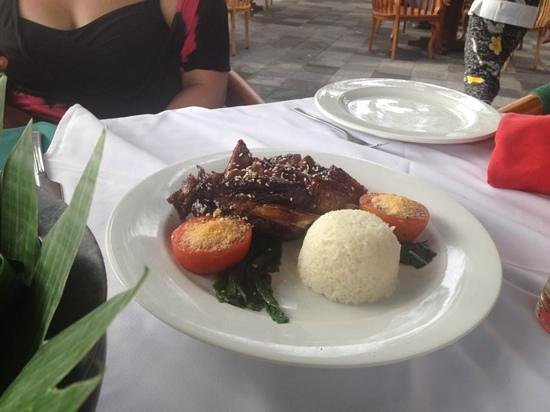 Legian Beach Hotel : excellent pork spare ribs