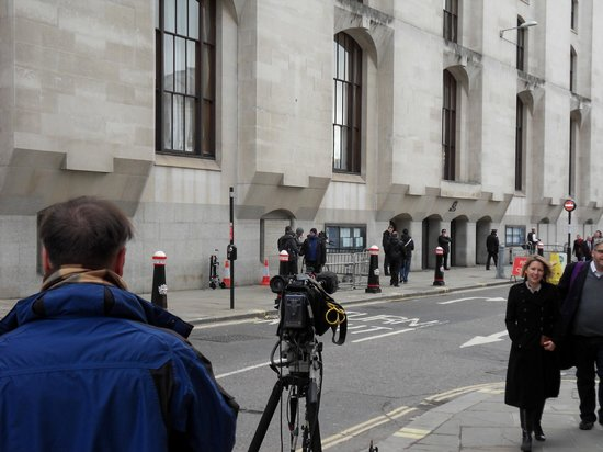 Old Bailey: Film crews