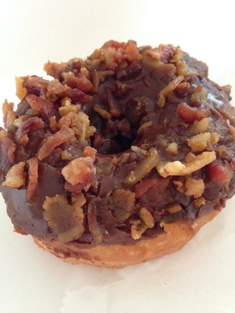 Holtman's Doughnut Shop: Holtman's Bacon Chocolate Doughnut