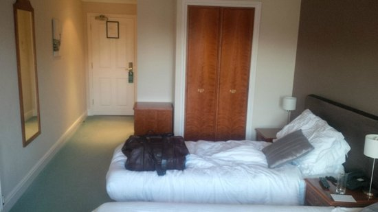 Woodbury Park Hotel & Golf Club: twin room