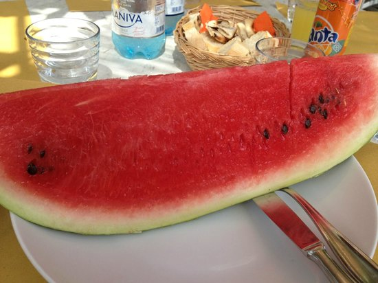 Bagno Nettuno Alba: Sweet refreshing watermelon...after a great lunch on a hot day!