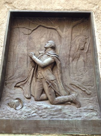 Federal Hall : Amazing bronze relief artwork!