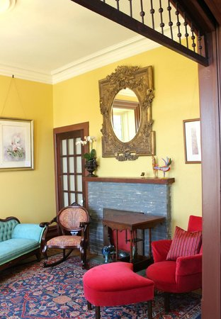 The Woodbridge House : West Parlour