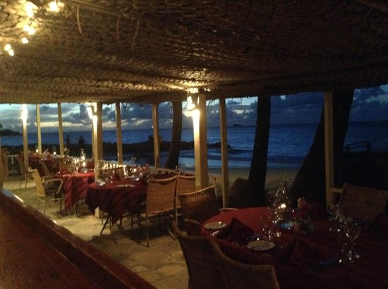 Siboney Beach Club : Coconut Grove at Night