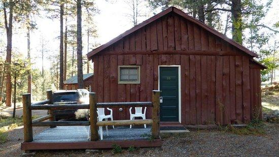 Jacob Lake Inn: Entrada do Quarto 25