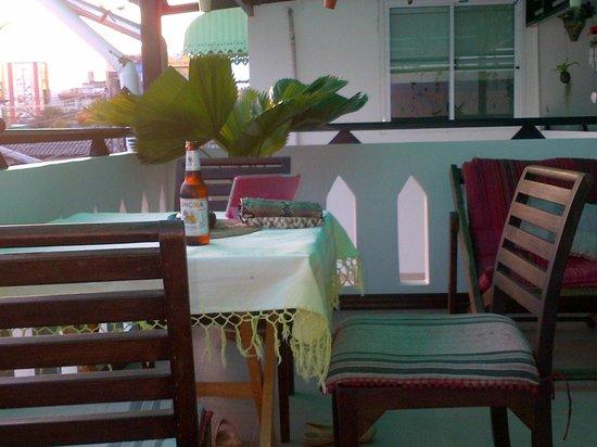 Top Garden Boutique Guesthouse: Terraza