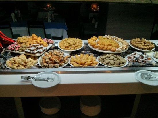 SENTIDO Rosa Beach : Desserts and pastries
