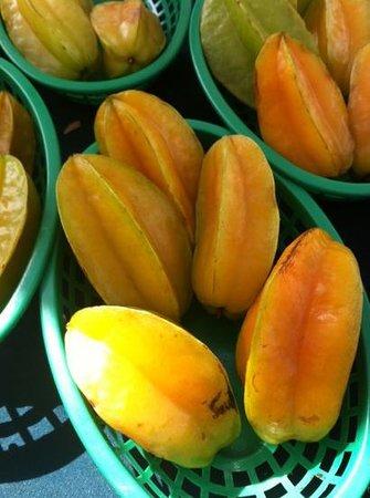Marco Island Farmers Market-Wednesday: star fruit