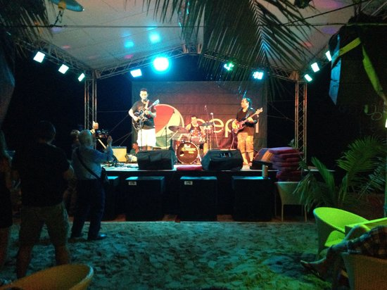 Lazy Dog Beach Bar and Grill Cabarete : This is the first if many more!!