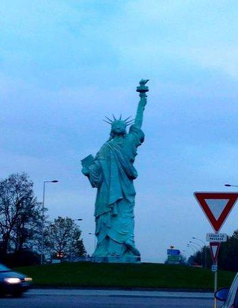 Statue of Liberty: Статуя Свободы