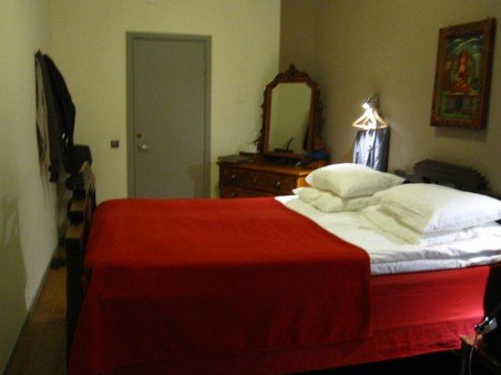 Hotel Hellsten: Cama