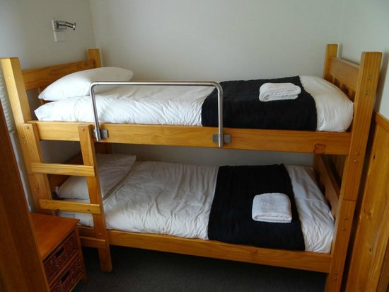 Stanley Seaview Inn: Extra double bunks