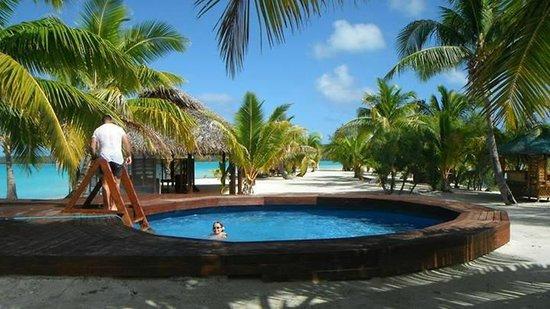 Aitutaki Lagoon Resort & Spa: their pool