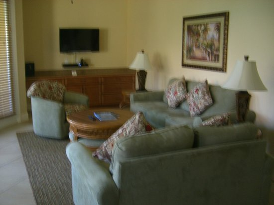 Eagle's Nest on Marco Beach: Living Room area